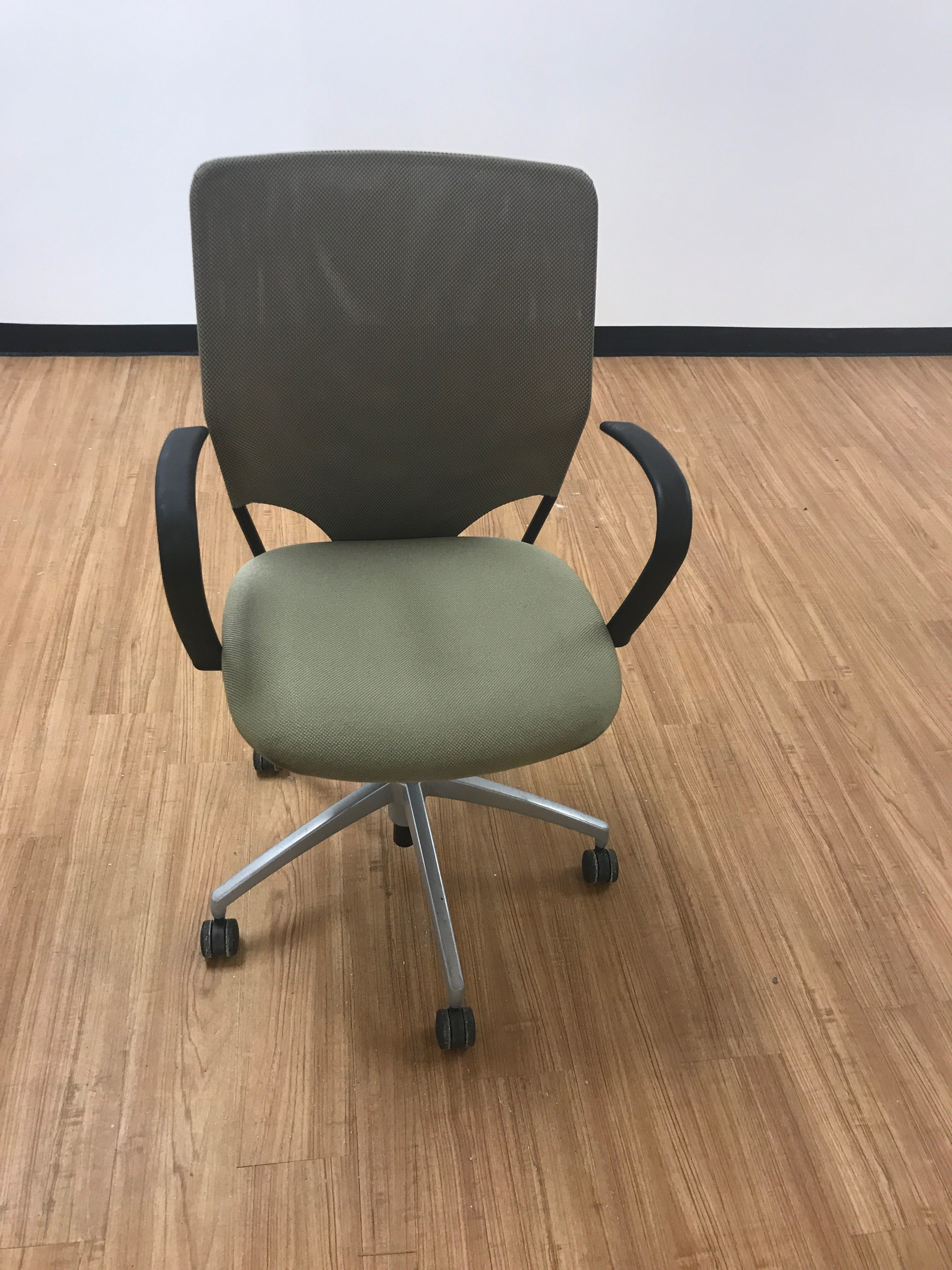 Top Office Chairs IO72
