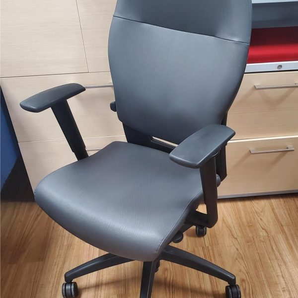 2012 Teknion Syncho-Tilt Task Chair 1 (2)